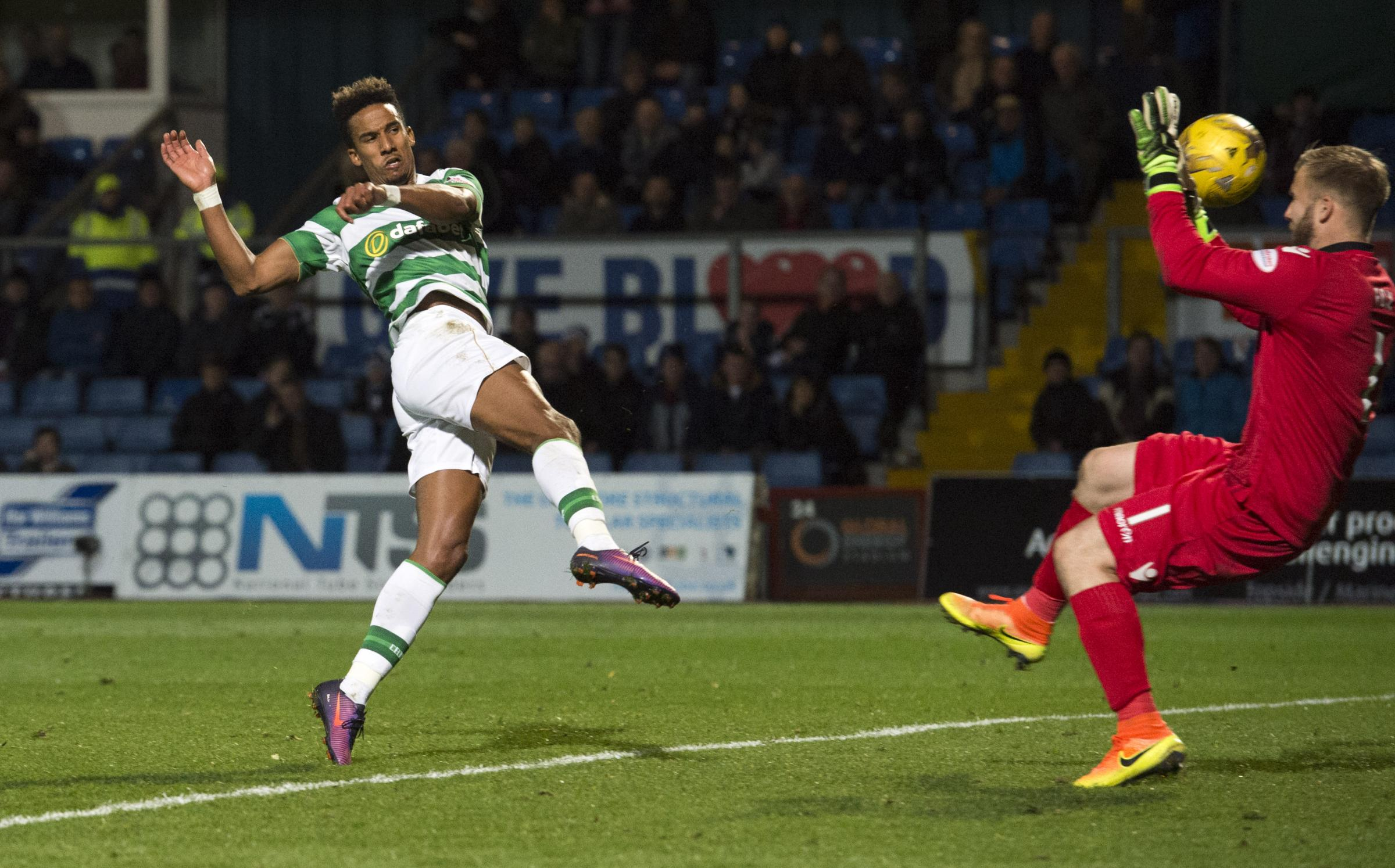 Borussia Monchengladbach 1-1 Celtic: Dembele penalty earns Scots a point