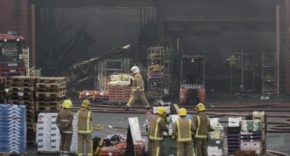 Firefighters tackle huge warehouse blaze in Glasgow