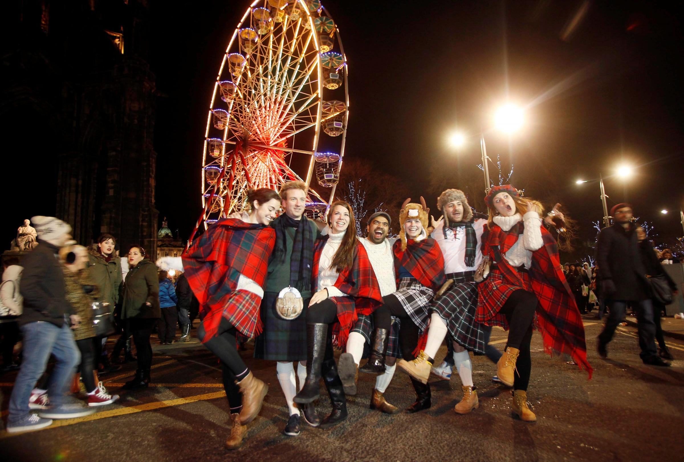 Great Yarmouth joins Glasgow in 'Auld Lang Syne' streaming top five